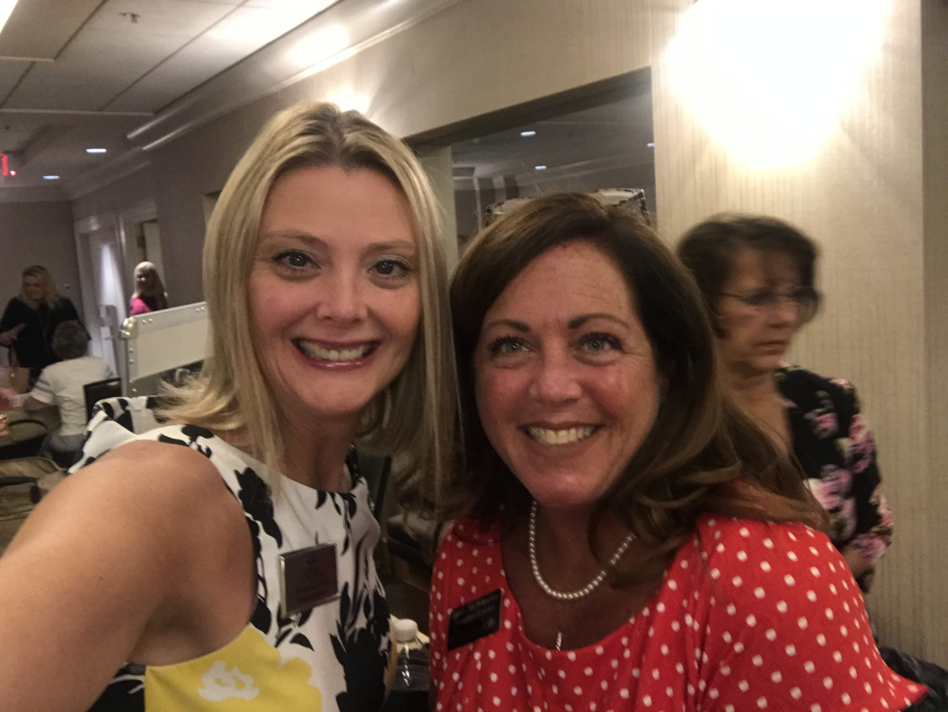Great time seeing fellow members of the Fairlawn Area Chamber of Commerce.  Congrats Heather with Glitter Girl Media for becoming a new member!