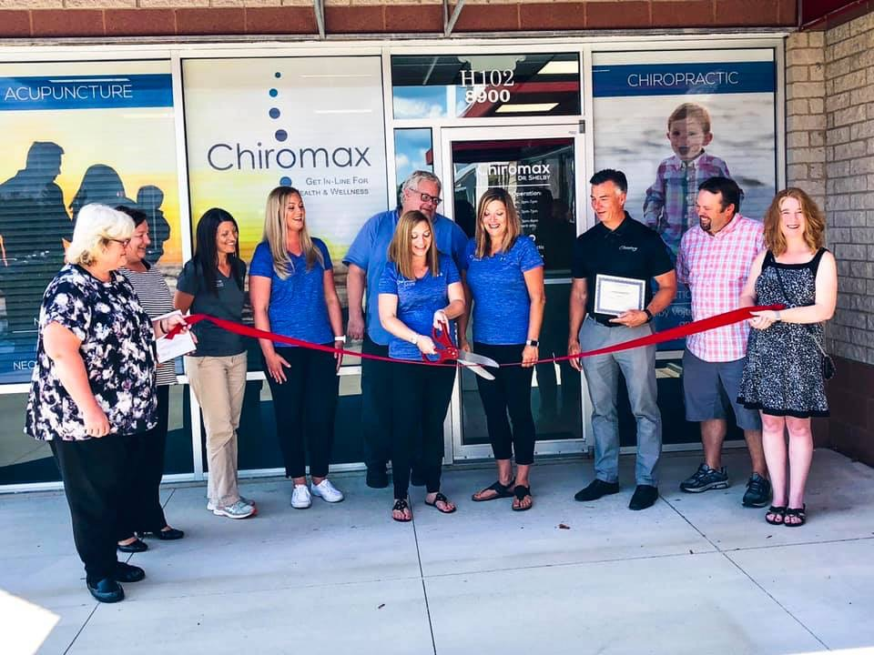 Supporting fellow BNI member, Dr Shelby with Chiromax at her Grand Re-Opening.  Great to see so many BNI and Twinsburg Chamber professionals.