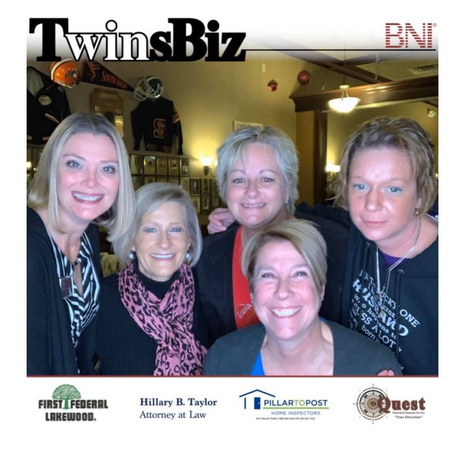 Festive night with TwinsBiz and other BNI members at Mavis Winkles for holiday fun!