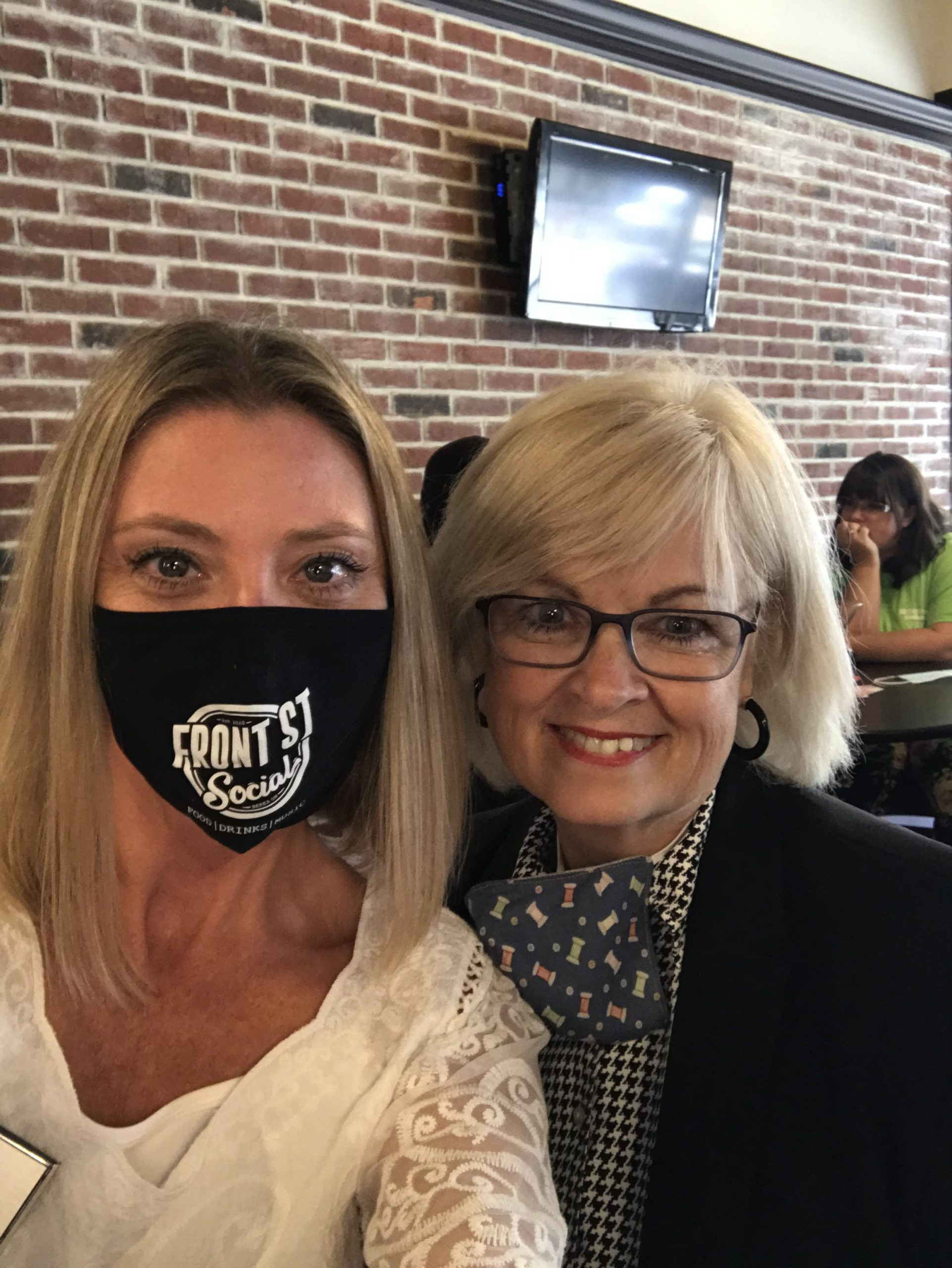 What a great afternoon networking with Berea area professionals at the new Front St Social! Make sure to check out this venue for amazing drinks, food, and music!