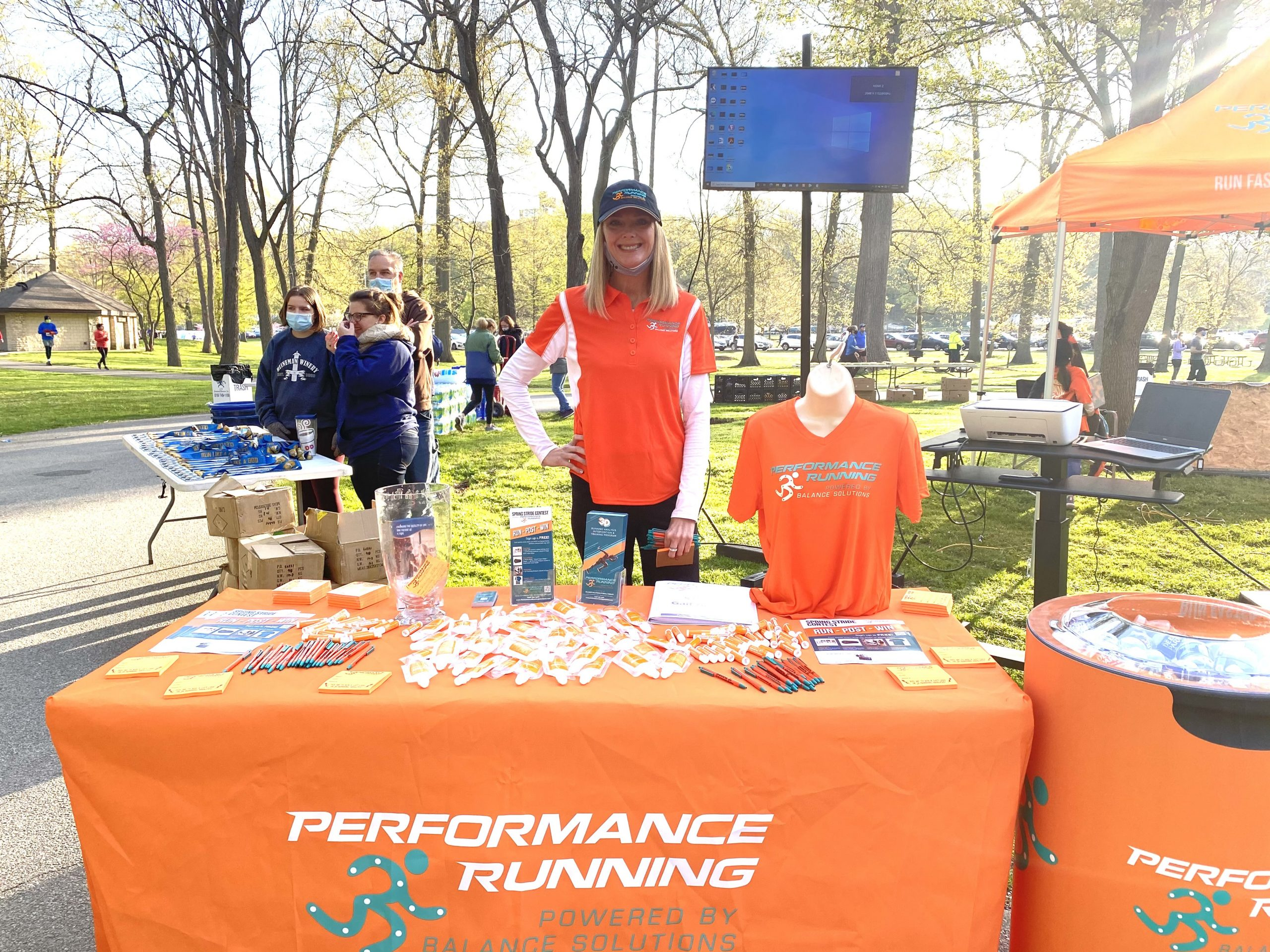 It was an absolute beautiful morning for participants of the Hermes Road Racing 2021 Cleveland 10 Miler.  Our team of Ambassadors were able to connect with hundreds of new and veteran runners and share about Performance Runnings Solutions 3D Video Gait/ Running Analysis.  Who's representing you at the next race?