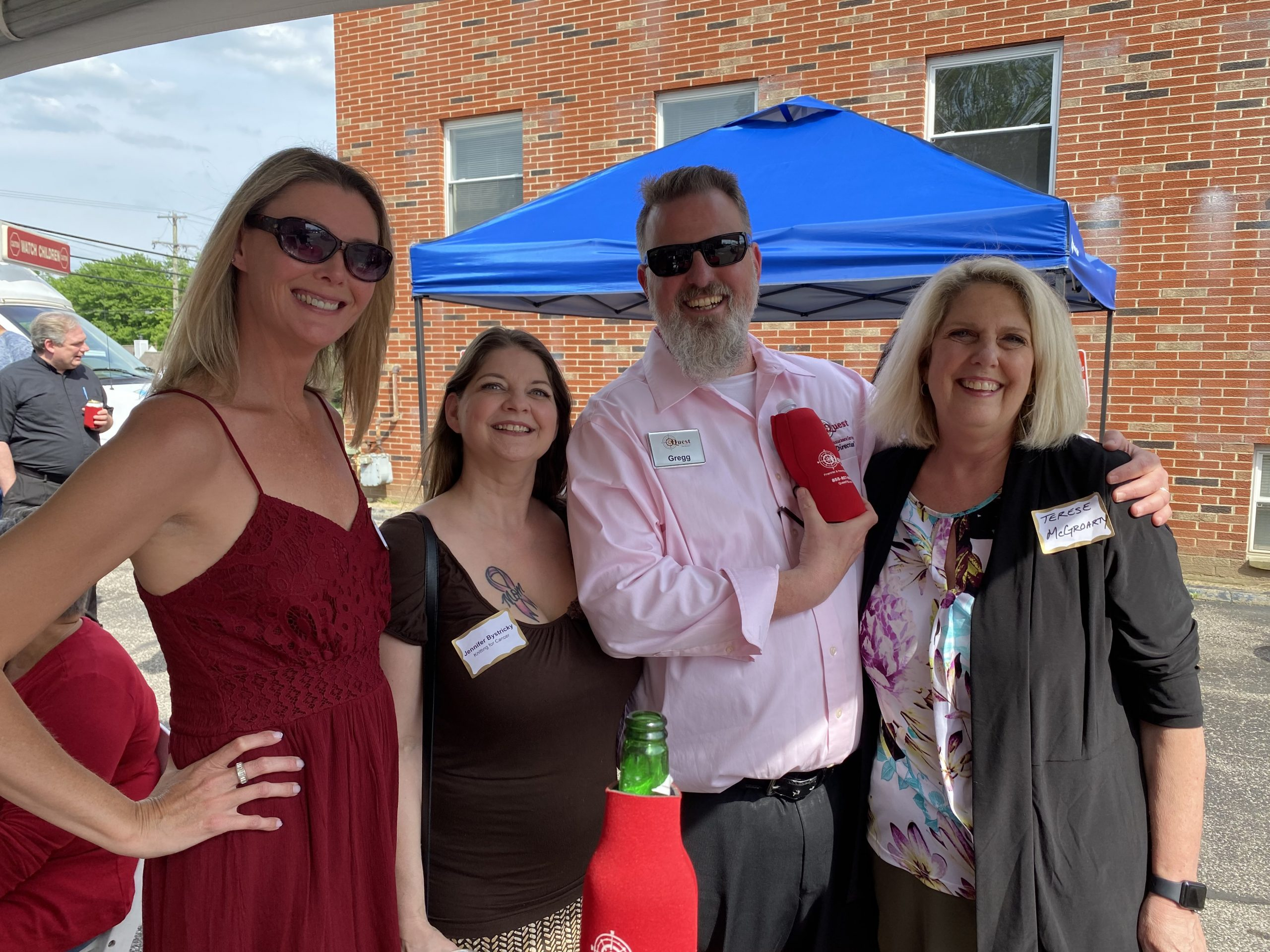 What a beautiful day to celebrate Quest Financial & Insurance Services 10 year Anniversary! It was a great turnout with live music, cold drinks, Mission BBQ, and.... an ICE CREAM TRUCK!! Gregg was full of surprises and support for community leaders and Knitting for Cancer. Thank you Greg, Maureen, and Quest for a wonderful time! Congratulations and cheers to many more!