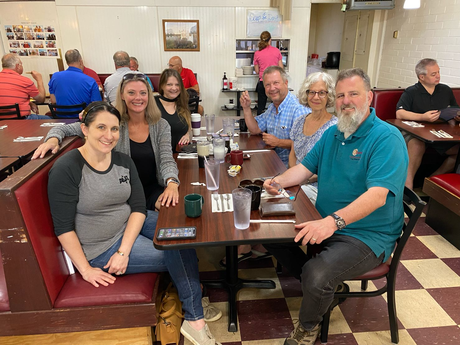 I love an impromptu breakfast with BNI Gateway to Success peeps. Thanks Fresh Start Twinsburg for always accommodating our group.