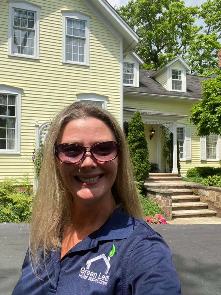 It was SO great to get back out there on brokers tour as the Brand Ambassador for Green Leaf Home Inspections! There are some beautiful homes in Northeast Ohio you don't want to miss.