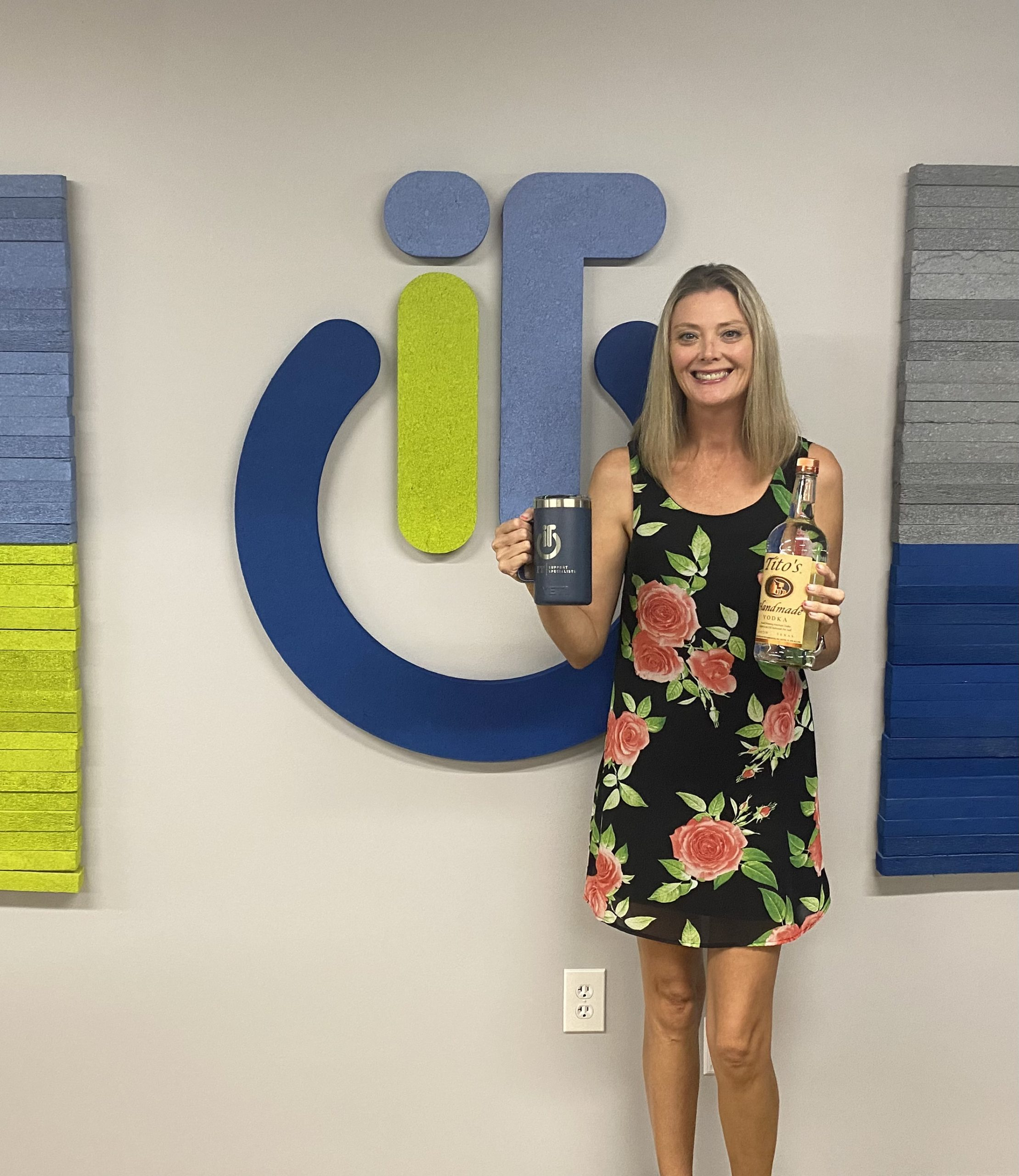 It's time to get ready for the North Olmsted Chamber Golf Outing! You'll find this Brand Ambassador representing IT Support Specialists Berea. Who's ready to win some Tito's and a Yeti?!