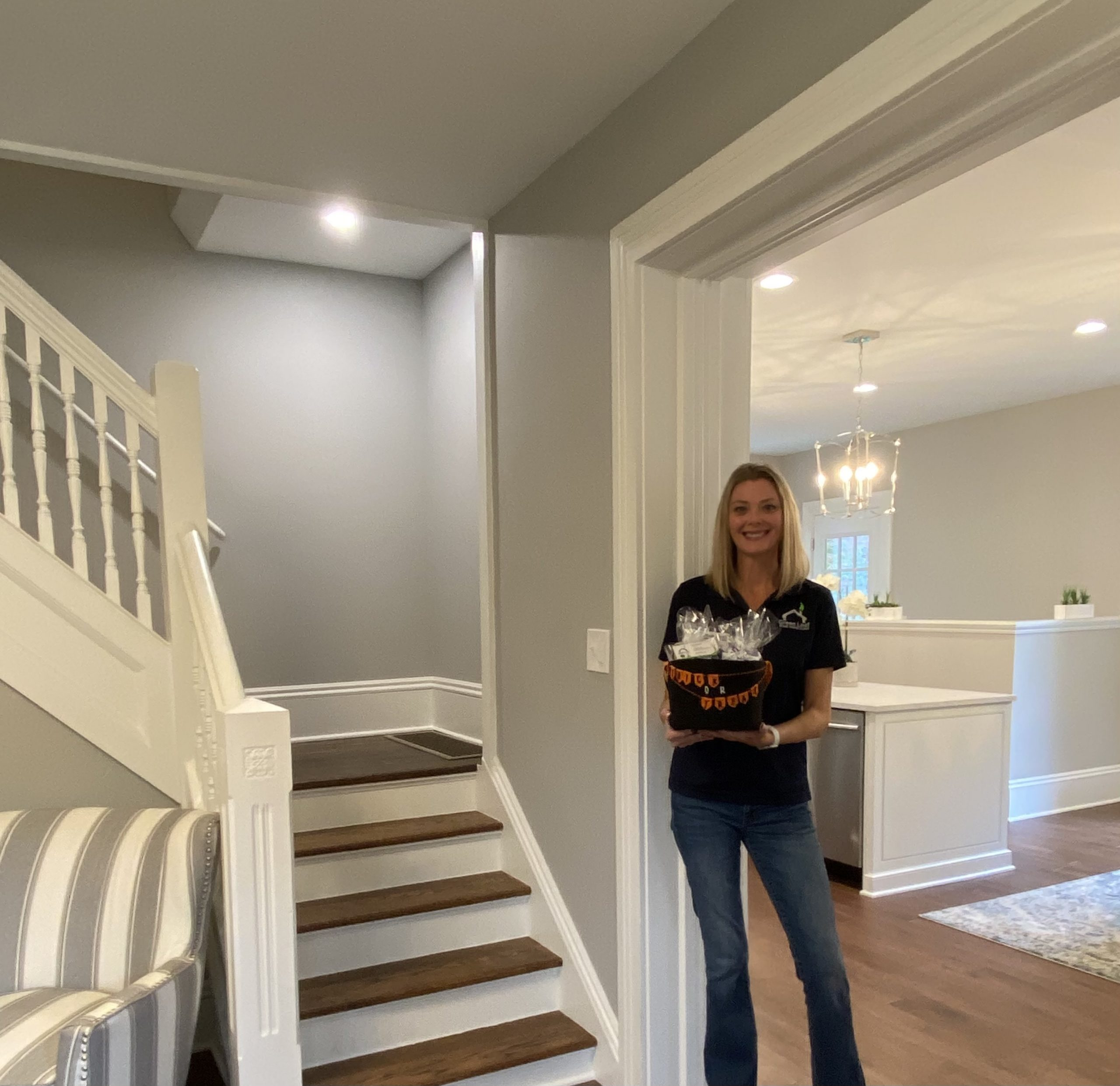 It's been many months since this Brand Ambassador has been out on Brokers Tour for Green Leaf Home Inspections. It was great to meet so many new faces and share the services of GLHI. Who's representing you?